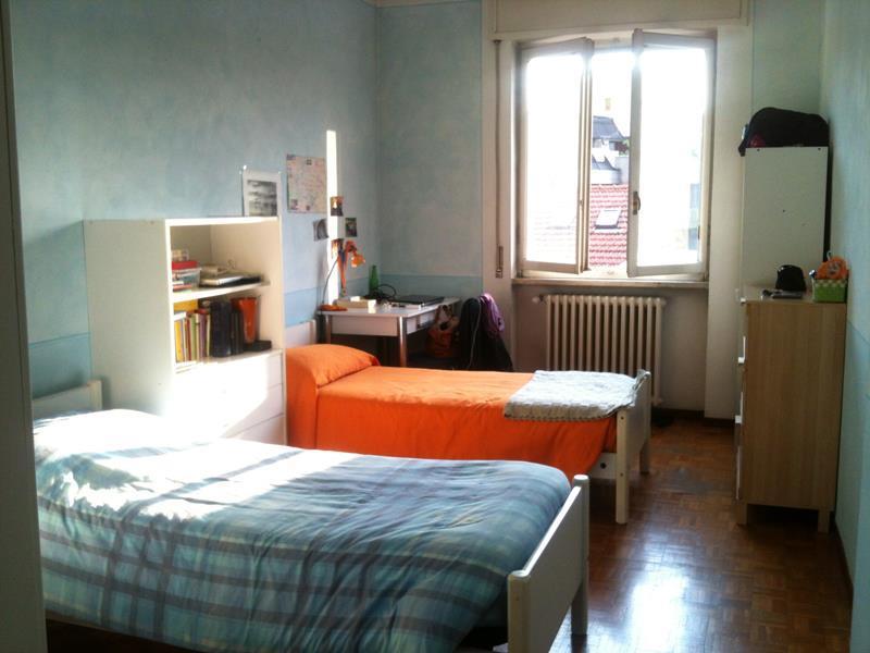 1 o 2 posti letto in camera doppia zona loreto - Posti letto potenza ...