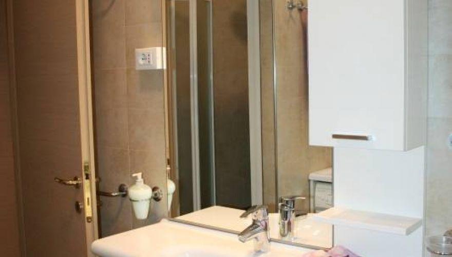 Periodi medio-brevi wi fi e spese incluse 2 bagni