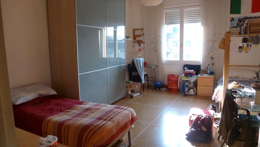 posto letto in ampia doppia a ragazza a 210 euro