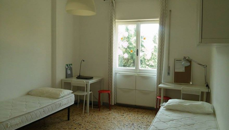 Large beautiful twin/double room Pigneto , mates needed