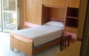 stanza doppia per 2 studentesse