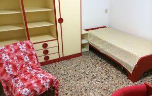 affitto a studenti camere singole in appartamento con 2 bagni  cucina vicino universita