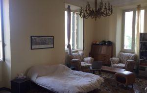 Ampia stanza singola a Largo Preneste da Luglio a 380 euro
